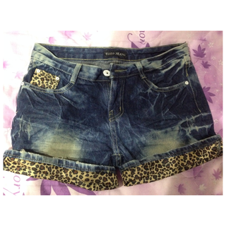 [全新]狂野豹紋 個性牛仔短褲 M尺寸 建議面交試穿尺寸