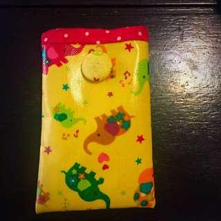 [免費贈]彩色大象可愛手機套