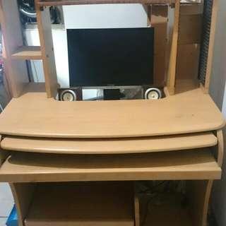 人體工學電腦桌原價6600