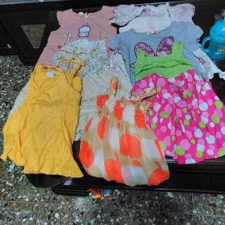2歲女童洋裝共八件