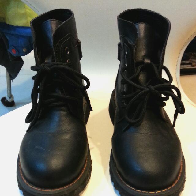 低跟軍靴、短靴  黑