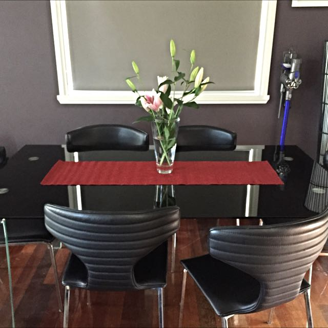 Gainsville Black Glass Dining Set