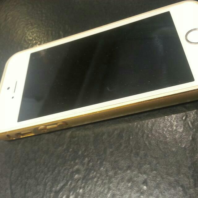 Iphone5 非5s 外觀8.9成新 銀