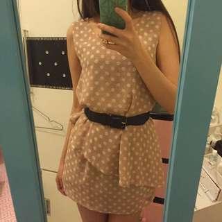 嫩粉雪紡點點洋裝