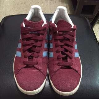 Adidas 酒紅色平板鞋