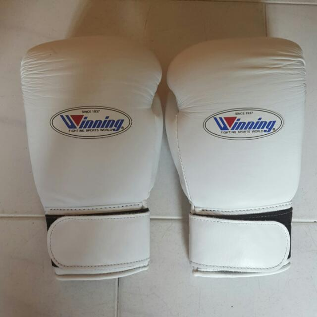 10oz Winning Boxing Gloves From Japan, Men's Fashion on