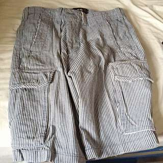 Size 32 Cotton On Berms