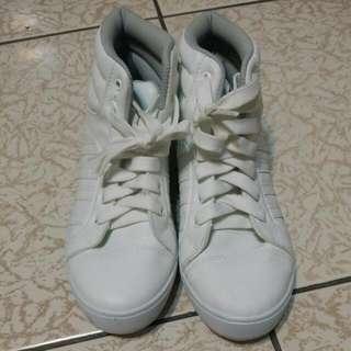 高筒 白 運動鞋 鞋底舒適 24cm