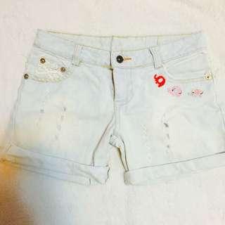 淺藍刷白牛仔短褲 M