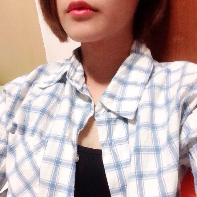 藍白格子襯衫