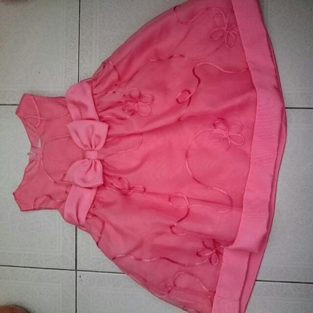 小女孩的禮服