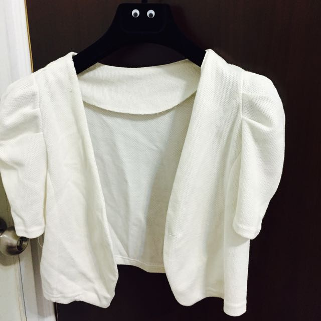 白色短板小外套