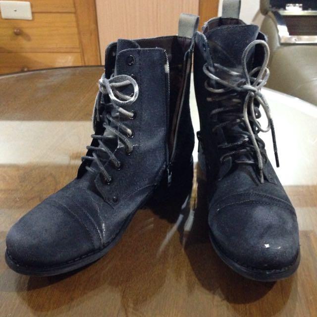 [贈]深藍色水洗感卯釘長靴