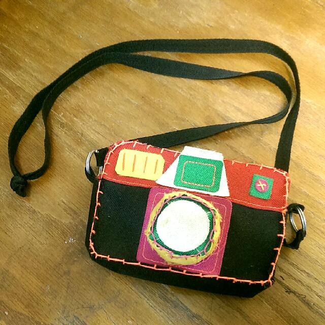 小巧相機樣式小包包可斜背