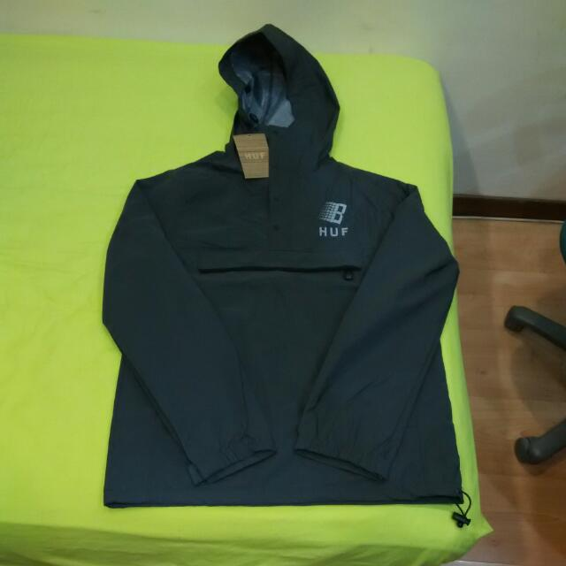 64e0888d066c5 HUF X Bronze Packable Black Reflective Anorak Jacket S, Men's Fashion on  Carousell