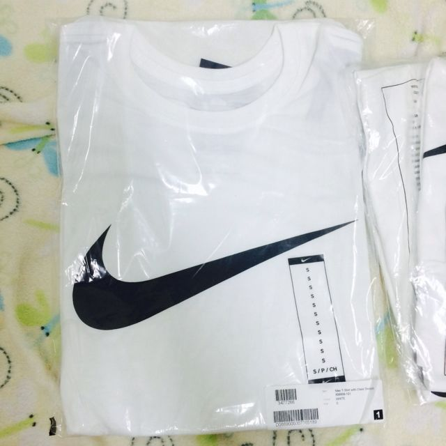 Nike T-Shirt with Chest Swoosh 素T 短T 勾勾 白黑 logo S 大勾 1080含運 現貨