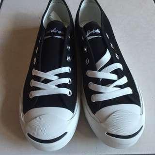 開口笑 帆布鞋 黑色 低筒 非Converse