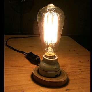復古樟木工業風燈座(含愛迪生燈泡)