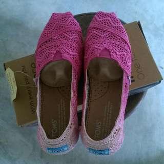 💦店到店免運💦TOMS蕾絲款漸層粉色便鞋