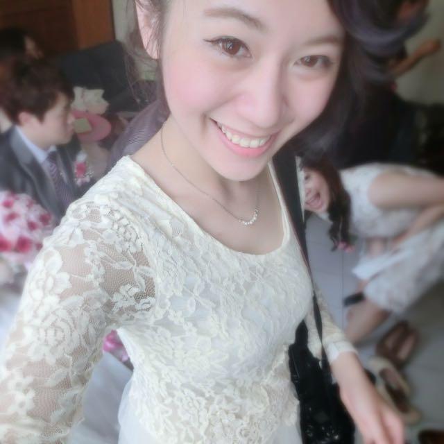 長袖蕾絲小洋裝