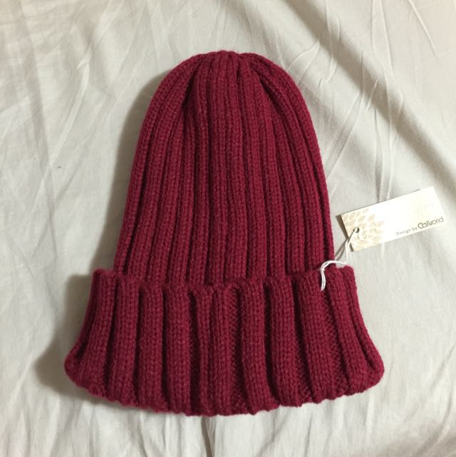 (全新)紅色針織帽(含運)