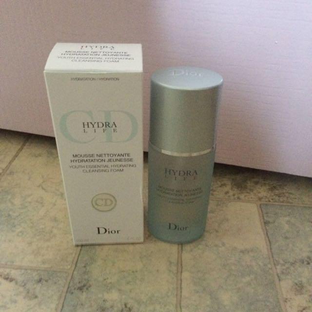 (已匯款待寄出中)Dior 水彈力保濕精華潔顏乳150ml 全新