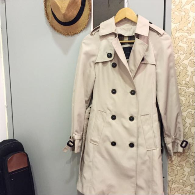 Zara風衣 尺寸:xs 價錢私訊