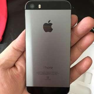 (待面交)二手女用機美品 iPhone 5s太空灰 16g只要7999