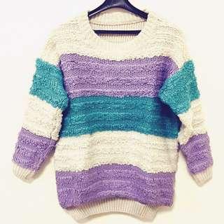 韓 米色紫色湖水綠三色拼接 前短後長 粗針織毛線上衣