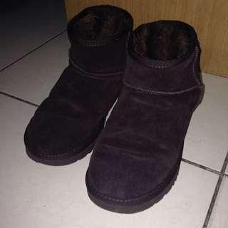咖啡色 真皮雪靴 42號/10W