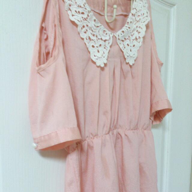 小露肩粉紅洋裝🎀