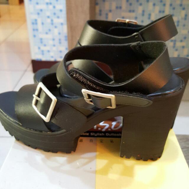 全新韓版凉鞋