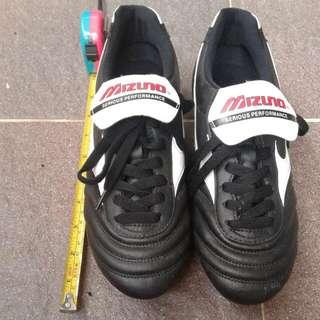 Mizuno MRL Club Football/ Soccer Boots