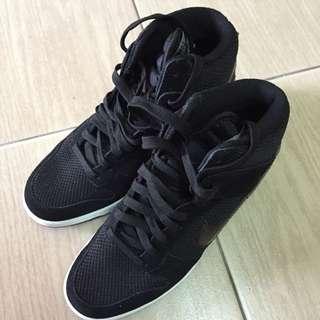 Nike內增高