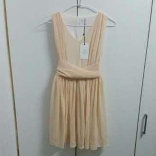 【降】【全新】無袖杏色小洋裝