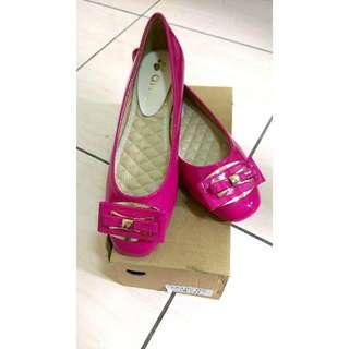 Ruru's Shop🌸全新✨桃紅平底鞋