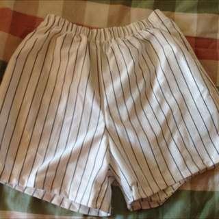 個性 鬆緊 短褲 白黑條紋