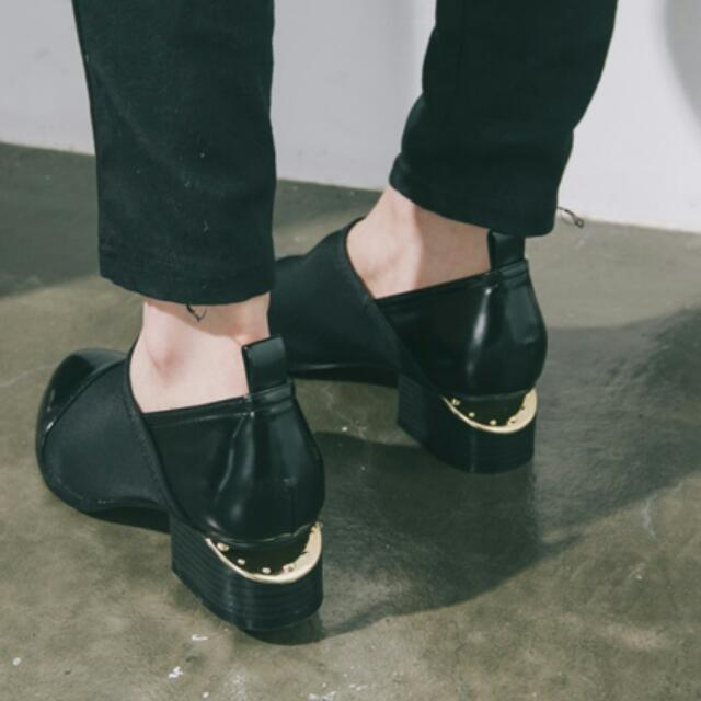 個性金屬鞋跟短靴