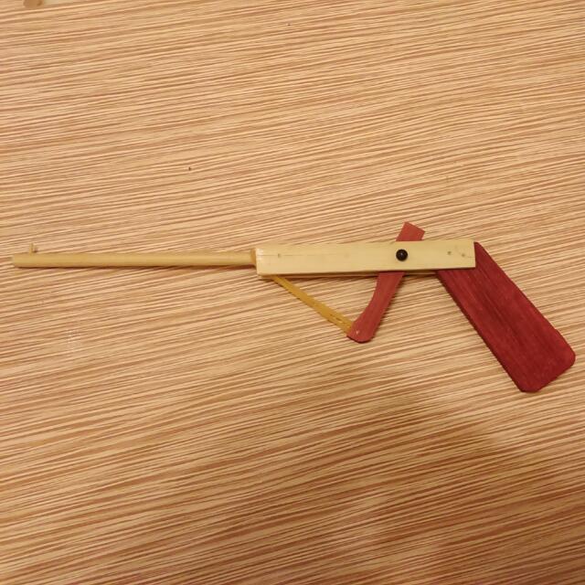 古早味設計 橡皮筋竹槍