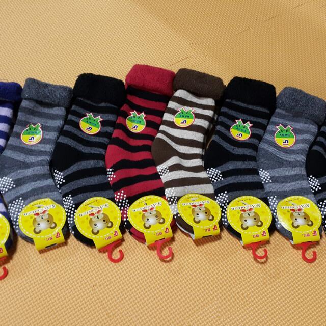 童襪 全新,厚款