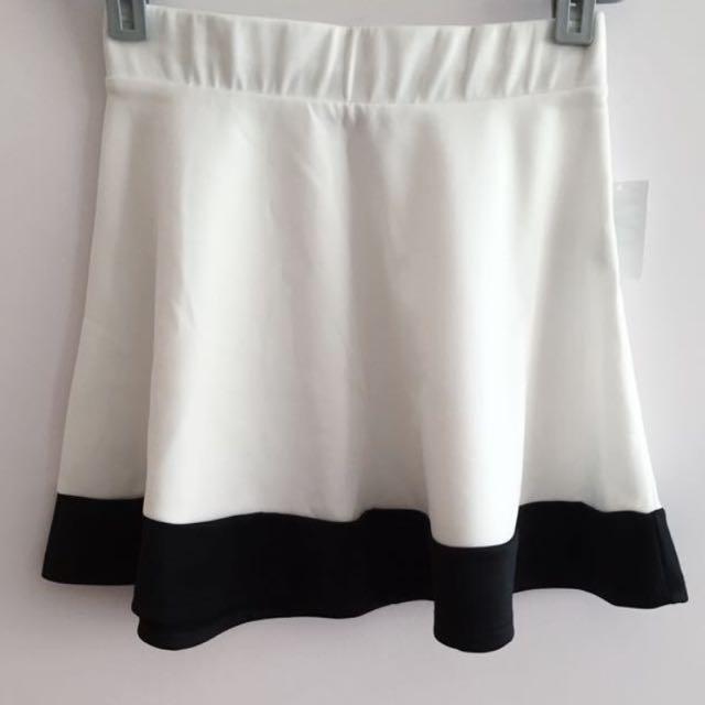 BNWT Skirt