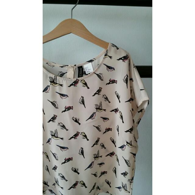H&M Cropped Bird Printed Shirt