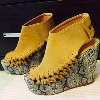 二手楔型鞋39號