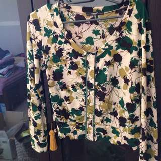 專櫃 Betty's 綠色罩衫薄外套