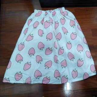 可愛草莓印花長裙