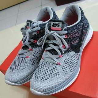 Nike Flyknit Lunar3 / 7.5