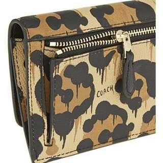 COACH ACCORDION ZIP WALLET in Wild Beast Print Leather