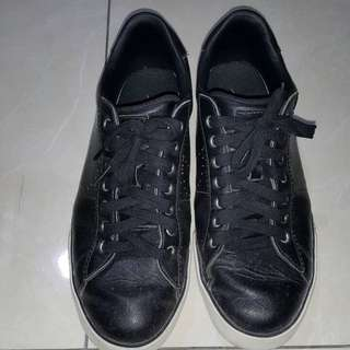 😋NIKE 休閒鞋 黑色特價600