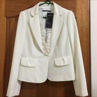 全新吊牌在THEME白色公主袖西裝外套套裝