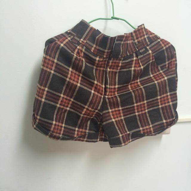 復古風格子短褲(購於50%)
